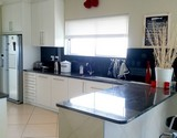 seven seas agulhas accommodation guest kitchen