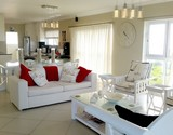 seven seas cape agulhas open plan upstairs area