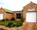 blue whale struisbaai self catering front view